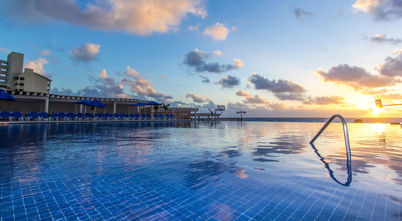 Great Parnassus Resort & Spa pictures and details