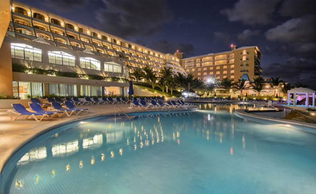 Great Parnassus Resort & Spa lowest price guarantee on new reservations